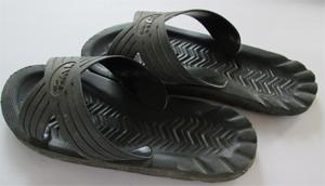 รองเท้ายาง